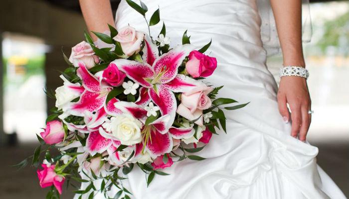 5 wedding bouquite