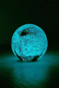 Glow in the dark lamp