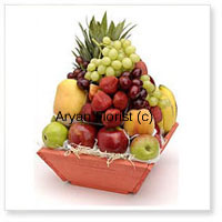 productA beautiful basket of fresh fruit collection to be savored with their nutritional values as well as its aromatic flavors. All seasonal fruits in a gift hamper ready to be presented to the loved ones for all kinds of occasions in this perennially festive place. This worthy Basket of 6 Kg (13.2 Lbs) contains assorted fresh fruit of best quality is a special touch of love and care waiting to be delivered at your door.