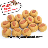 productWith the augment of Moonson around the Rakhi, this 1 kg pack of Pinni is apt to save you from cold, along with enhancing your celebration on this Raksha Bandhan. The Pinni tastes delicious and have an earthy feel to them. Made from pure ingredients, they are bound to taste great and melt in the mouth. With this lovely golden brown pinni, comes free rakhi. Give this to your brother, and frame new vows!